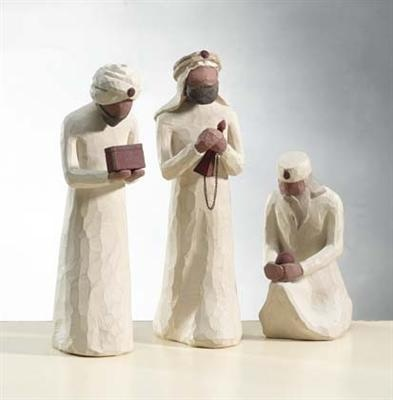 The Three Wisemen Set of 3 by Willow Tree. These three reverent wisemen perfectly complement the Willow Tree six-piece Nativity set. #willowtree #nativity @demdaco