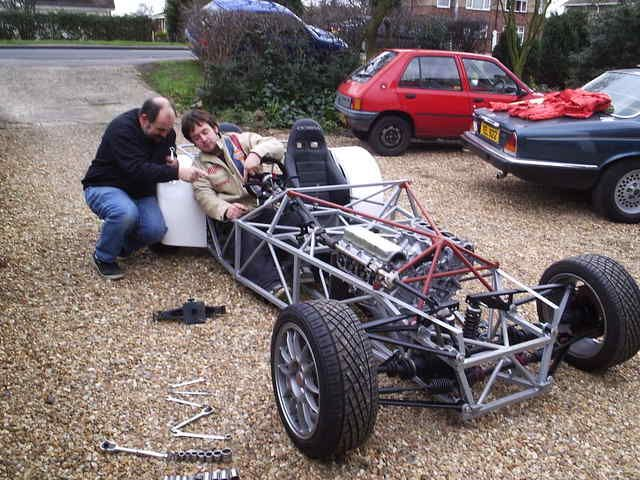 4x4 locost lots of great pictures of chassis and his build process dangerous little cars. Black Bedroom Furniture Sets. Home Design Ideas
