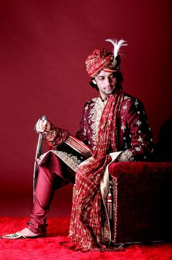 Groom Accessories Play A Very Important Role In Traditional Indian Wedding Selecting The Right Outfit For Is While