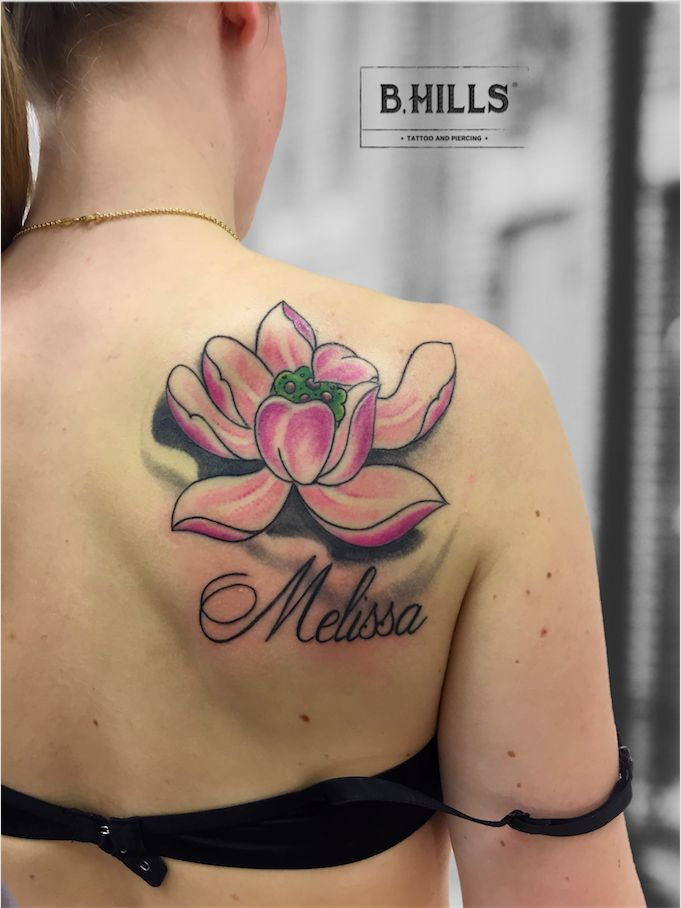 LOTUS FLOWER #LotusFlower #Tattoo #LotusFloweInk #LotusFlowerTattoo #FlowerTattoo #japantattooflower #letteringtattoo #lettering #ink #inkart #colortattoo #tattooart #tattooartist  #BhillsTattooCompany #cittadella #tatuatoriinveneto #veneto #LaraLadyOktopusTattooArtist