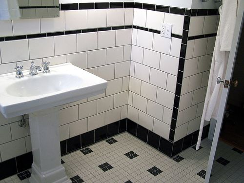 Black And White Retro Bathrooms 23 best vintage bathrooms images on pinterest | bathroom ideas