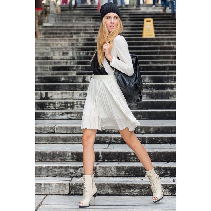 Black & white , body / pleads skirt