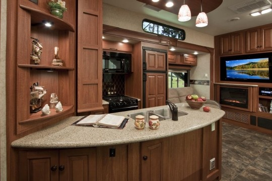 Love This Kitchen Toy Hauler Fifth Wheel Rv By Heartland
