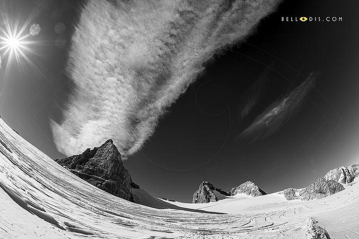 140555bw  The Dachstein glacier
