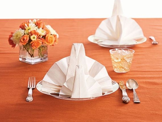 How To Set A Simple And Special Thanksgiving Table