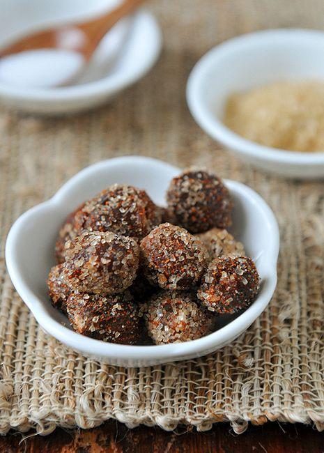 Tamarind Candy / Makham Gao / มะขามแก้ว Recipe (RachelCooksThai), made with fresh tamarind pods