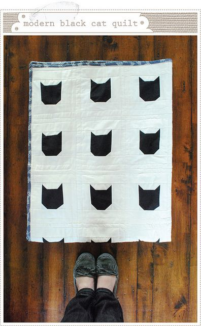 Modern Black Cat Quilt How-to by mer mag, via FlickrKitty Cat, Batman Quilt, Black Cats, Cat Quilt, Quilt How To, Mer Mag, Catquilt, Quilt Tutorials, Quilt Pattern