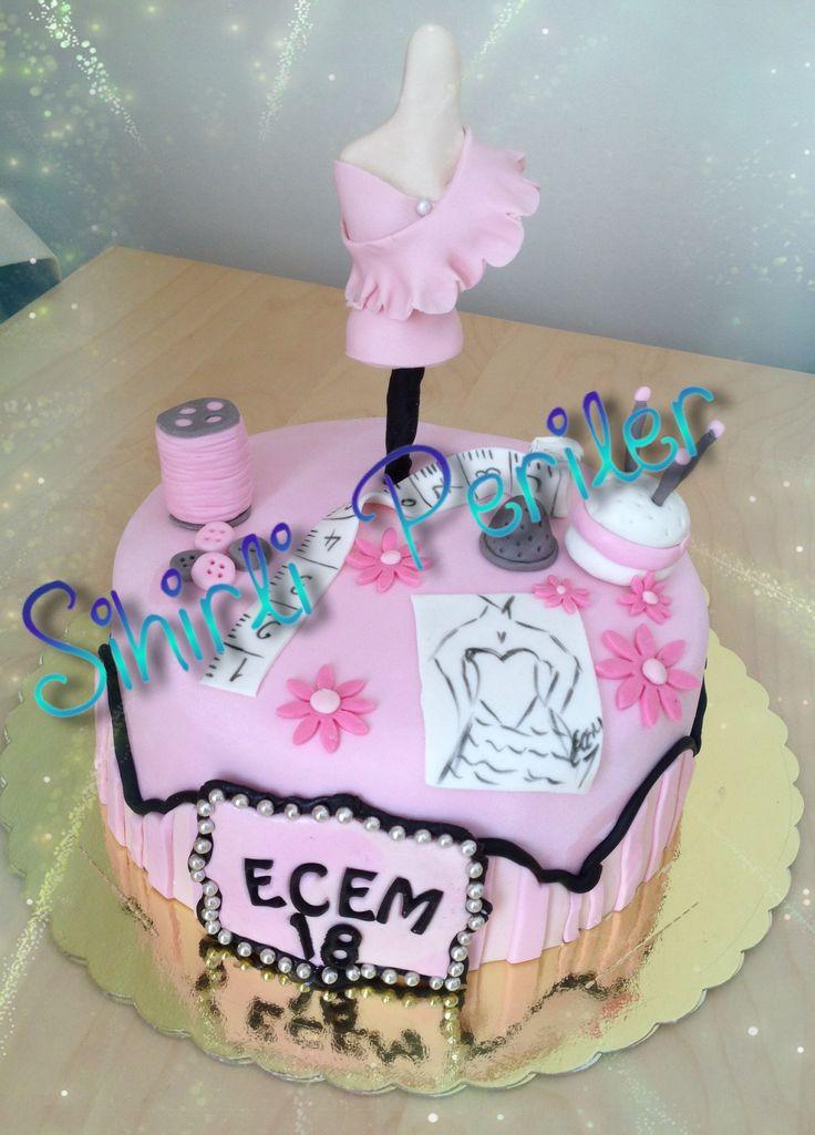 Moda tasarım okuyan tatlı bir kızımıza doğum günü pastası