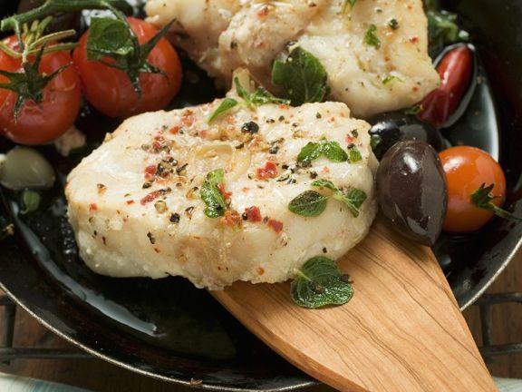 Gebratener Seeteufel ist ein Rezept mit frischen Zutaten aus der Kategorie Fruchtgemüse. Probieren Sie dieses und weitere Rezepte von EAT SMARTER!