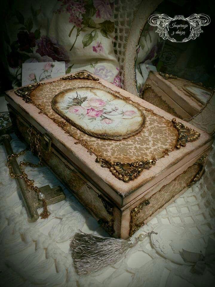 #wooden #box #handmade #rękodzieło #decorations #decoupage #rose