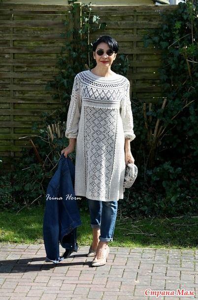 Платье в этническом стиле, родилось у меня после записи. Это был опрос в СМ об онлайне блузы, состоящей из одного рисунка, и с завязками на рукавах.
