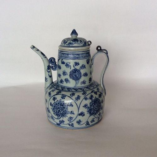 Ewer Decotared in Underglaze Blue. Ming Dynasty