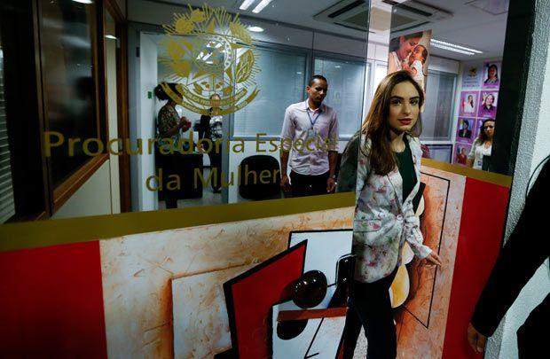 Jornalista que acusa Feliciano de tentativa de estupro vira ré em SP http://www1.folha.uol.com.br/poder/2017/04/1874575-jornalista-que-acusa-feliciano-de-estupro-vira-re-em-sao-paulo.shtml?utm_campaign=crowdfire&utm_content=crowdfire&utm_medium=social&utm_source=pinterest