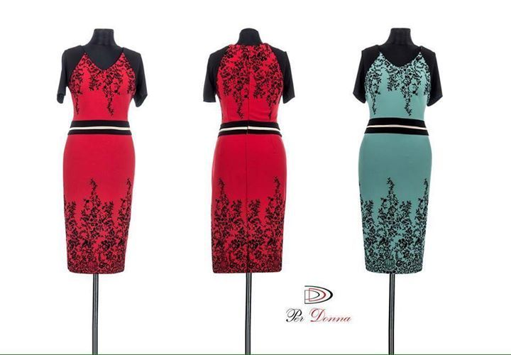 MODEL NOU ELEGANT! Rochie stil creion cu imprimeu floral si maneci negre. Culori disponibile: rosu si turquoise. Masuri: 44-46-48-50. Detalii aici:  http://ift.tt/1QIZwJS #rochieeleganta #rochie