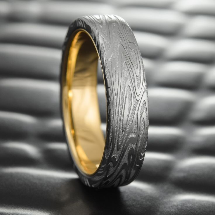 Flat Damascus Steel Mens Wedding Band With 14K Gold Liner 7mm Wide Ring
