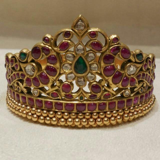 Vanki ------ nice to wear as a ring