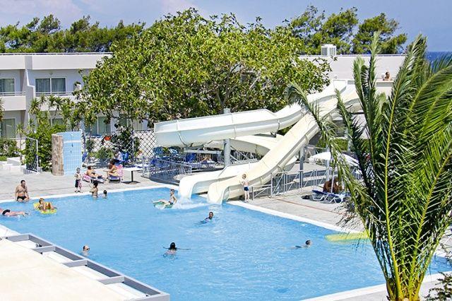 Hotel Asteras Resort, recenze hotelu, dovolená a zájezdy do tohoto hotelu na…