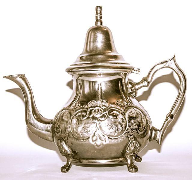 ❌ ❌ ❌ Продано! ❌ ❌ ❌ Арабский чайник! В отличном состоянии! #чайник #чай #люблючай #винтаж #изевропы #испания #подарок #подарокдлялюбимой #подарокмаме #длямамы