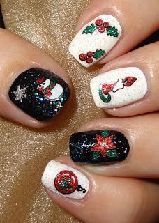 Wendy's Delights: Glitter Christmas Nail Stickers from Charlies Nail Art  10% DISCOUNT CODE USE WDB10 AT CHECKOUT!  @charliesnart #nailart #christmas #christmasnails #snowman #snowflakes #nailstickers #holly #glitter