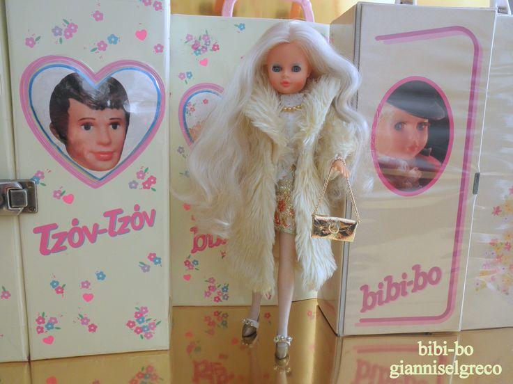 Η bibi-bo είναι η κούκλα με τα πιο όμορφα ρούχα! The bibi-bo is the doll with the most beautiful clothes! Le bibi-bo est la poupée avec un les plus beaux vêtements! Der bibi-bo ist die Puppe mit den schönsten Kleider! Il bibi-bo è la bambola con i vestiti più belli! El bibi-bo es la muñeca con la ropa más bonita! 比比博是最漂亮的衣服的娃娃! Биби-Бо кукла с самыми красивыми одежды! Bibi-bo en güzel giysileri ile doll! ביבי-בו היא הבובה עם הבגדים היפים ביותר!
