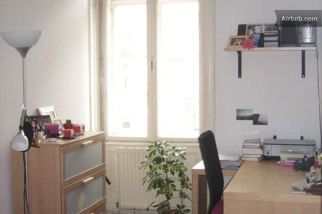 cosy bedroom in great location in Vienna