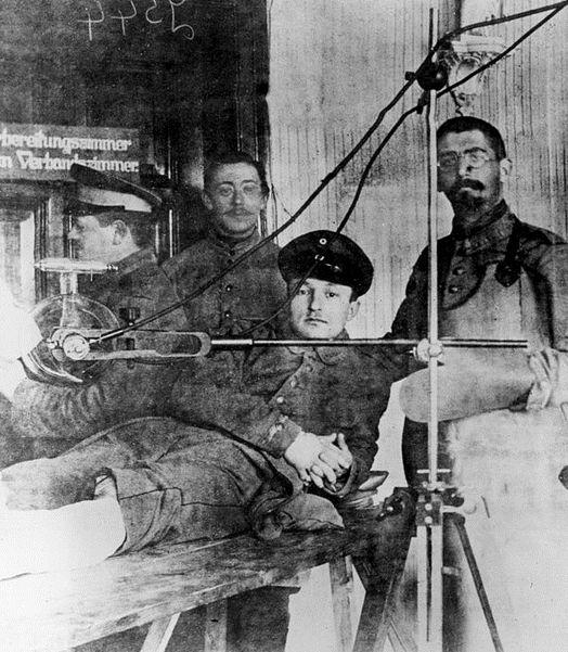 WWI;  War Surgery- German medical technicians using X-rays. - Getty/Hulton