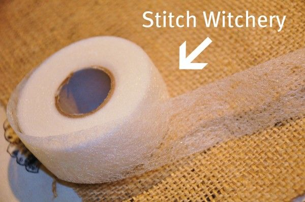 stitch witchery, keeps burlap from fraying.: Sewing Kits, Burlap And Fabrics Curtains, Sewing Curtains, Burlap Curtains, Window Treatments, Finish Burlap, Diy Curtains, Stitches Witchery, Diy Burlap
