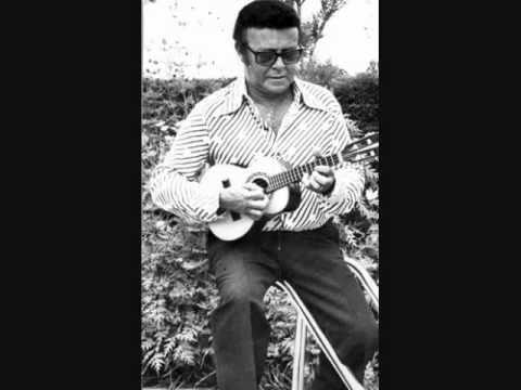 By Waldir Azevedo. Visite o canal de SenhorDaVoz e conheça um dos mais impressionantes acervos da música brasileira no YouTube.