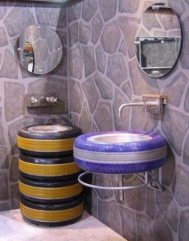Il #bagno ideale per la sede di un gommista con il pallino del #design e del #recycling