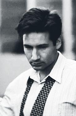 Fox Mulder ♫whatta man, whatta man, whatta mighty good man♫