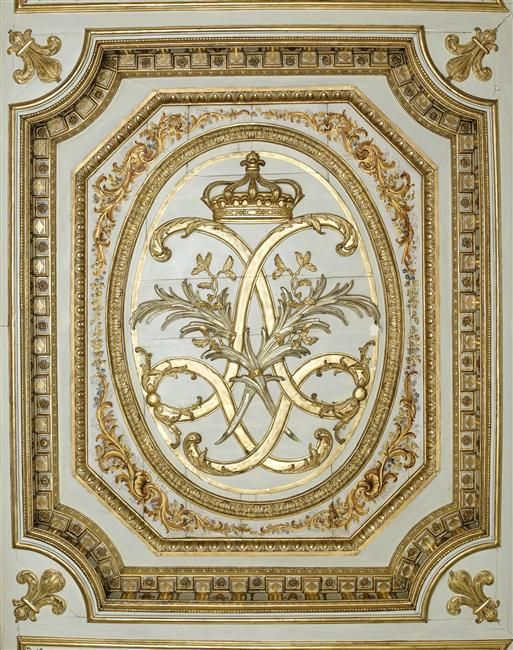 Boiserie au chiffre de louis xiv gems heraldic louis for Boiserie dwg