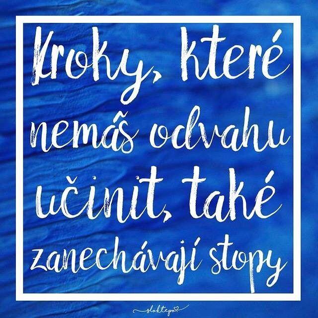Udělat první krok – to je to, co odlišuje vítěze od poražených. Proto krůček po krůčku kráčejme vpřed ☕️ #sloktepo #motivacni #hrnky #mylife #mujzivot #mojevolba #inspirace #originalgift #miluju #kafe #czechgirls #czechboy #czech #praha #citaty