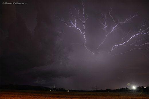 WetterTicker - Wetter live verfolgen - WetterOnline 09. Juni Heftige Nachtgewitter in NRW