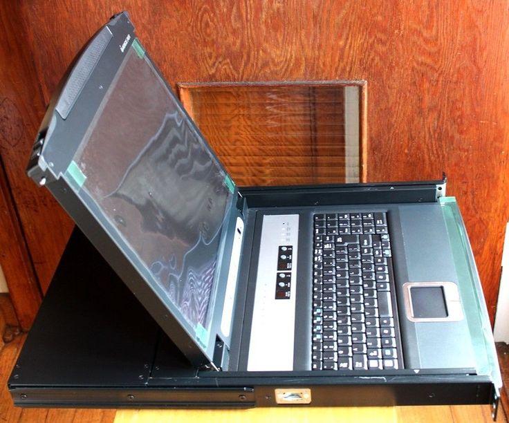 "IOGEAR GCL1808 8-Port 17"" LCD Combo Console KVM Switch #IOGEAR"