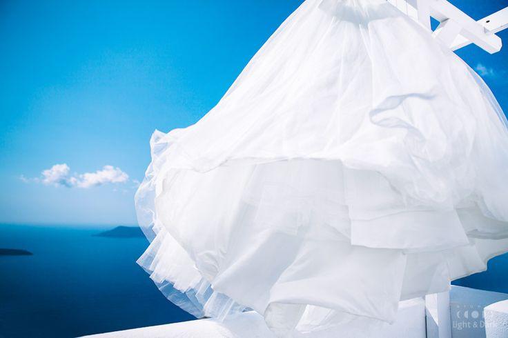 www.hadjiphoto.com Santorini wedding photographer Alexander Hadji