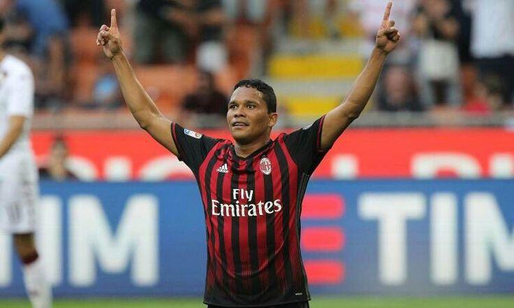 Milan 16, Carlos Bacca delantero Brazileño