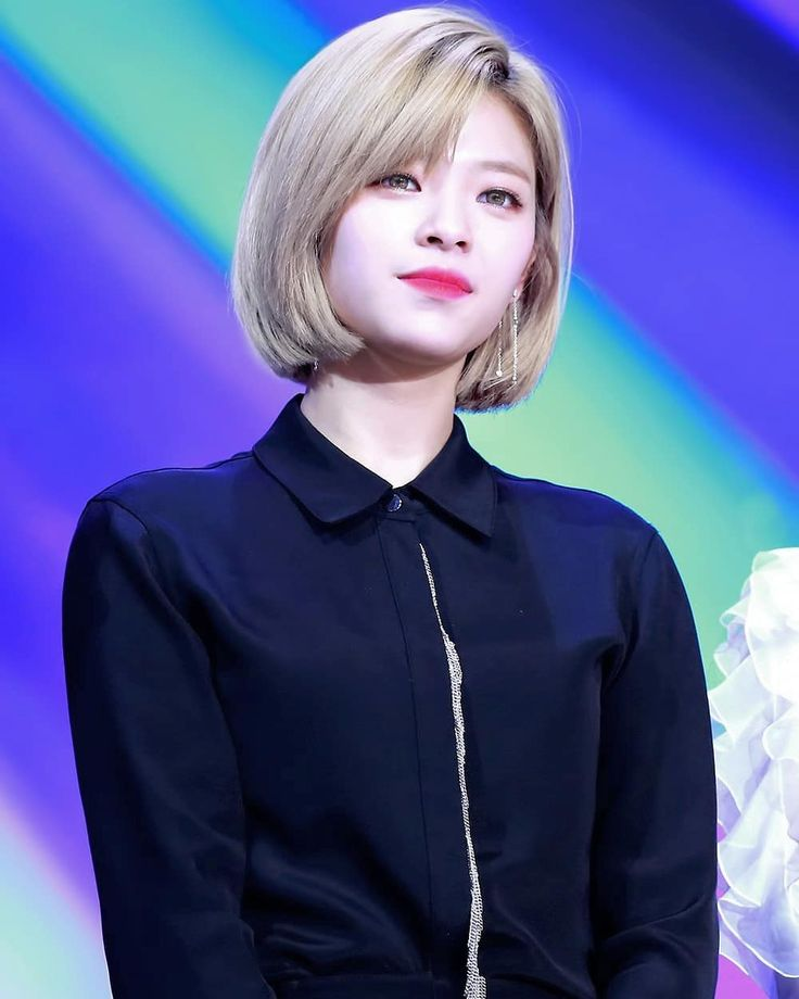 "3,042 Likes, 10 Comments - TWICE JEONGYEON (@jeongyeon.yoo93) on Instagram: ""muuaaaccch beautiful woman . . . . #트와이스 #TWICE #나연 #NaYeon #정연 #JeongYeon #jungyeon #모모 #사나…"""