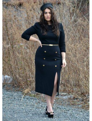 Nadia Aboulhosn! Fashion Model with curves and class Big beautiful real women with curves accept your body plus size body conscientiousness fashion
