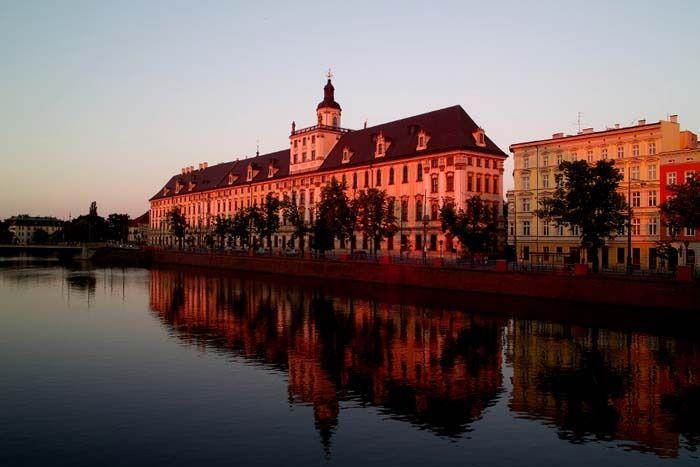 L'université de Wroclaw est l'une des plus vieilles d'Europe - Photo © Olgierd Pstrykotworca - Flickr.com #Pologne
