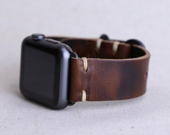 Apple Watch Band: Horween Leather Strap in English by choicecuts