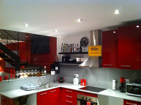 Cuisine Gris Rouge Moderne
