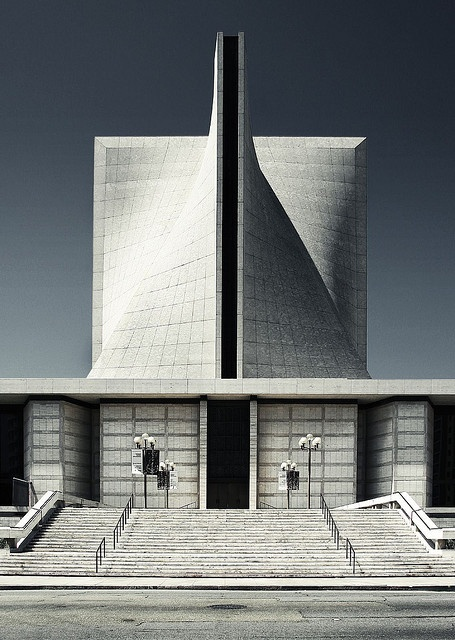Cathedral of Saint Mary of the Assumption, San Francisco, California by  Pier Luigi Nervi + Pietro Belluschi (1971)