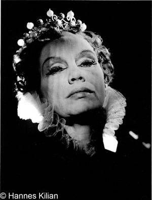 """Elisabeth Flickenschildt 1955 as Elizabeth in """"Mary Stuart""""  by Hannes Kilian"""
