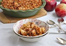 I actually have all the ingredients for this! Guess I kno what I'm making tonight. Recipe: Gluten-Free Apple Crisp