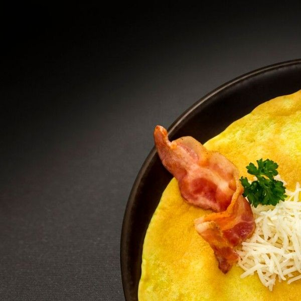 omleta cu bacon si branza