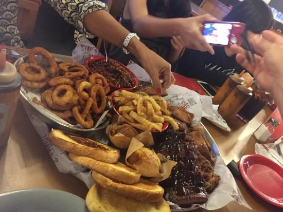 Sonny's BBQ, Orlando Picture: combo familia do Sonny's: nota 10 - Check out TripAdvisor members' 58,965 candid photos and videos.