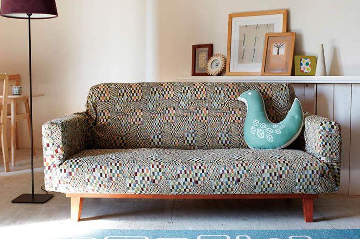 ソファーのデザインをおしゃれに変えるソファーカバーという存在。季節 ... 北欧デザインのおしゃれソファーカバー