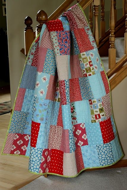 a love a quilt made of square... and this is supposed to be easy...: Craft, Quilt Ideas, Color, Easy A, Mom Quilts, Crazy Mom, Quilting, Feet, Pie Quilt