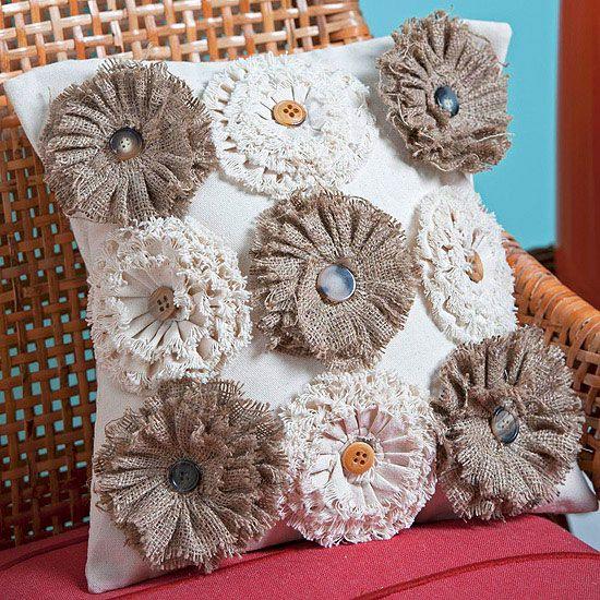 Easy Fall Crafts. Sewing PillowsBurlap ... & Best 25+ Recover pillows ideas on Pinterest | Easy no sew pillow ... pillowsntoast.com