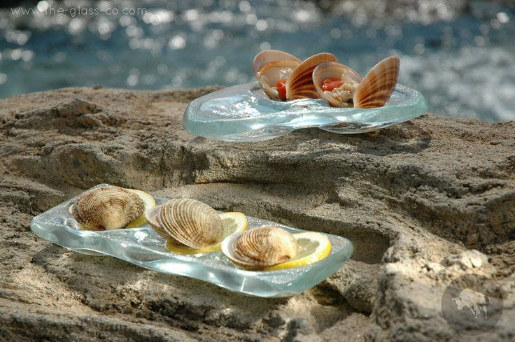 #Handmade #Oyster #Plates Clear glass handmade oyster plates designed by www.the-glass-co.com
